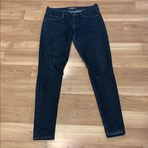 Lucky brand skinny jeans size 4/27